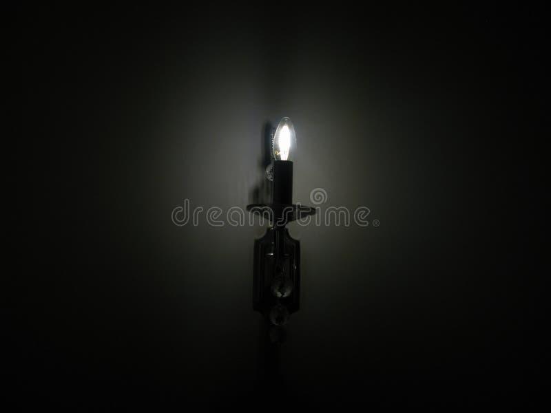 Luz escura fotografia de stock royalty free