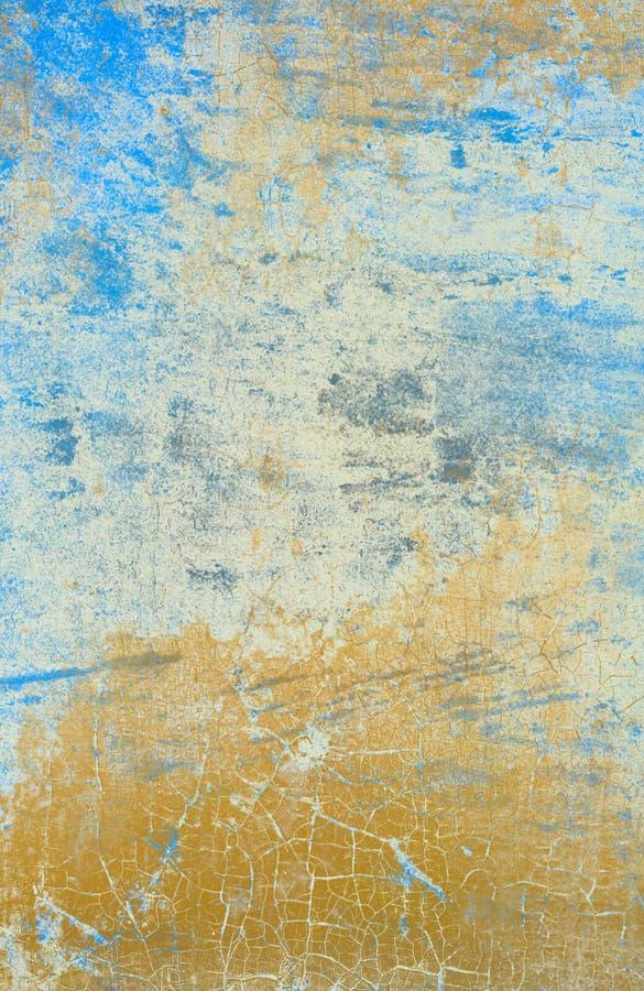 Luz - parede azul com efeito rachado da pintura fotos de stock