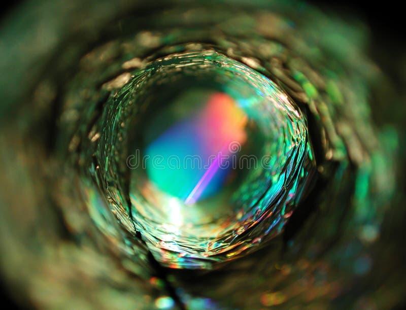 Luz que brilla intensamente del círculo metálico imagen de archivo