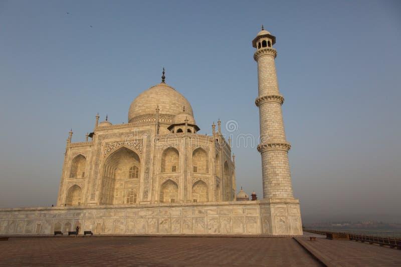 Luz solar bonita da manhã em Taj Mahal fotografia de stock royalty free