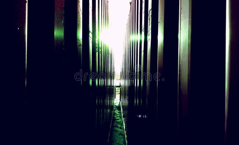 Luz y metal foto de archivo libre de regalías