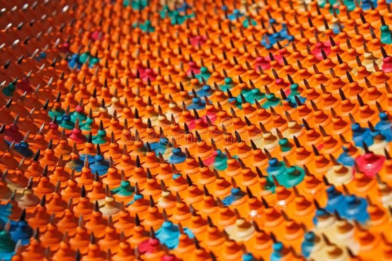 Luz y sombra en una estructura multicolora fotos de archivo libres de regalías