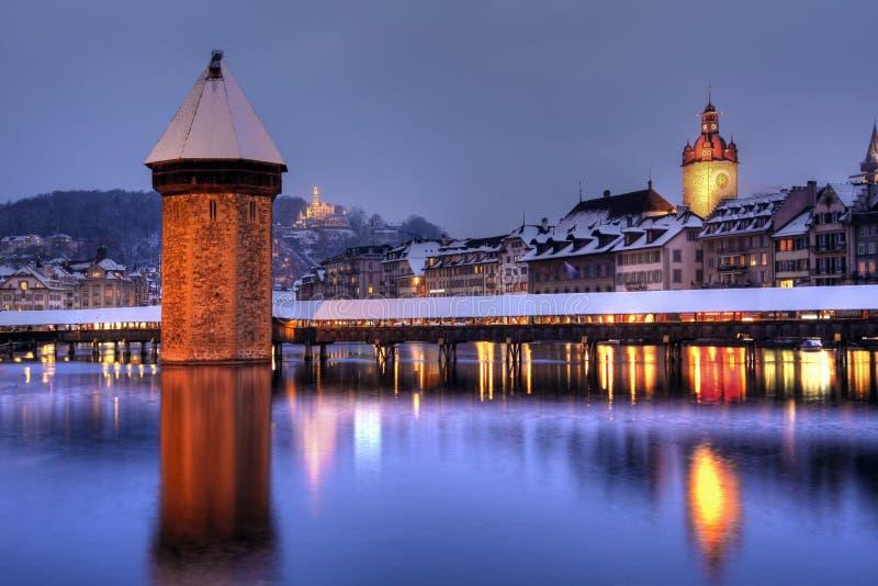 Luzerne-Skyline im Winter, die Schweiz stockbilder