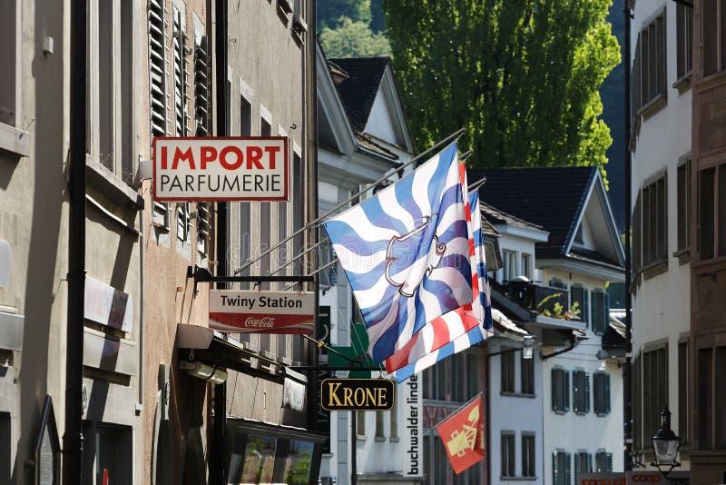 Luzerne, vlaggen, banners en tekens stock foto
