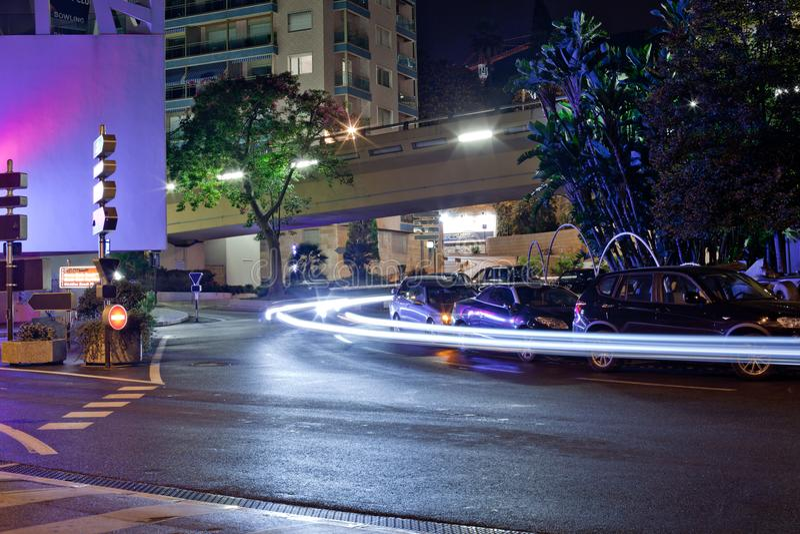 Luzes da cidade de Mônaco na noite imagem de stock royalty free