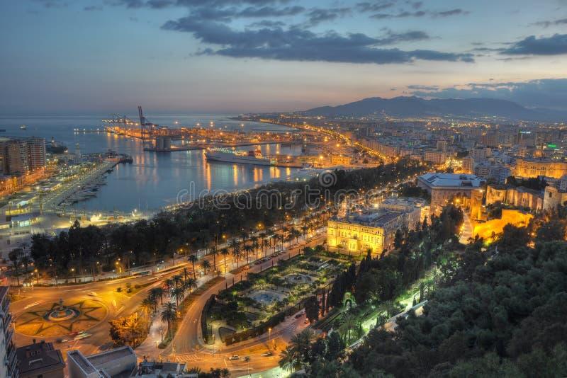 Luzes da cidade de Malaga - vista aérea imagem de stock