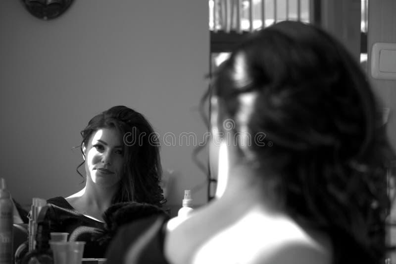 Luzes da reflexão de espelho da beleza foto de stock