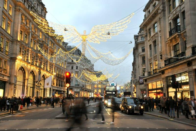 Luzes de inverno na rua Regente, no centro da cidade de Londres, Inglaterra fotos de stock royalty free