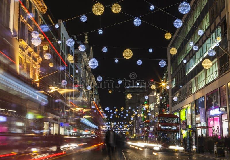 Luzes de Natal da rua de Oxford em Londres foto de stock royalty free