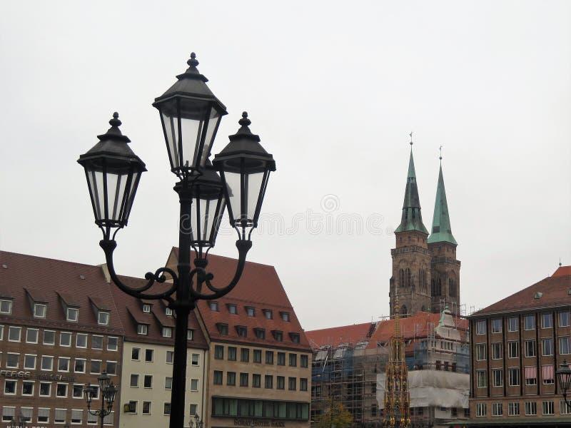 Luzes de rua em Nuremberg, Alemanha fotos de stock royalty free