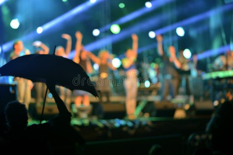Luzes Defocused do concerto de rocha fotos de stock