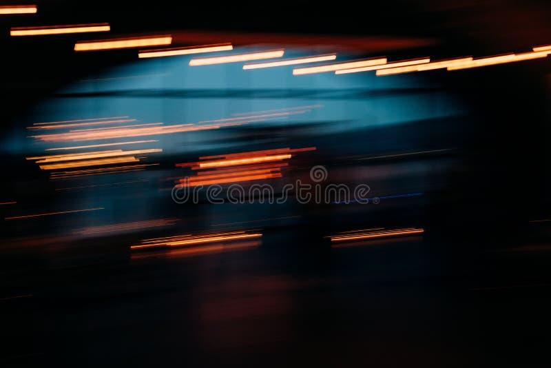 luzes e festões de rua do borrão do fundo imagem de stock