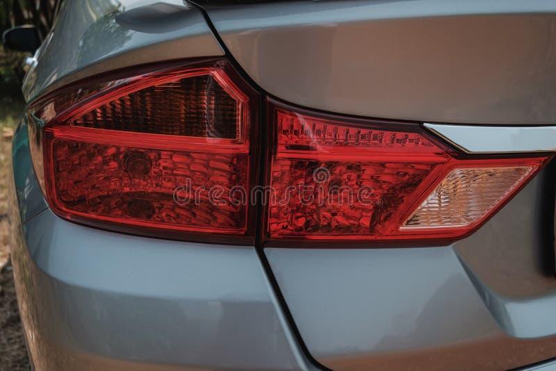 Luzes traseiras do automóvel com o projeto bonito imagens de stock royalty free