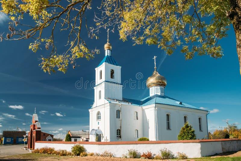 Luzhki, región de Vitebsk, Bielorrusia Iglesia ortodoxa de la natividad de imagenes de archivo