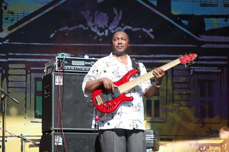 Download LVIL, UCRÂNIA - 4 De Junho: Trio De Vasti Jackson Foto Editorial - Imagem de reggae, jazz: 29836141