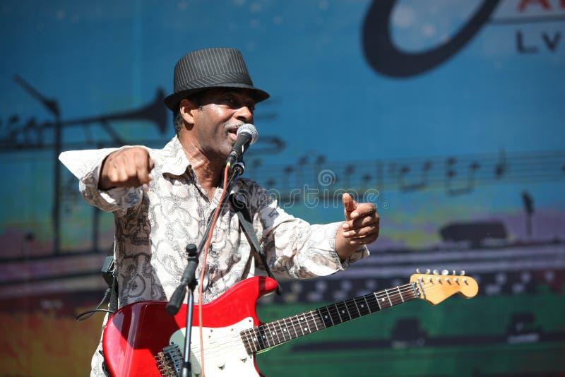 Download LVIL, UCRÂNIA - 4 De Junho: Trio De Vasti Jackson Imagem Editorial - Imagem de pessoa, faixa: 29836150
