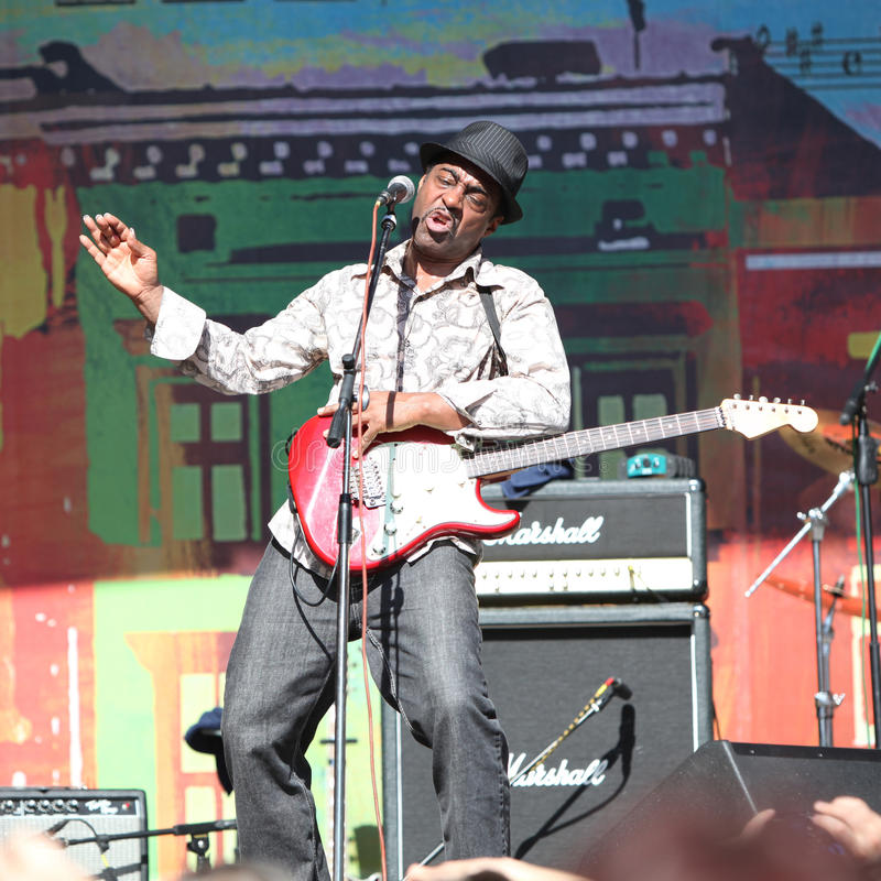 Download LVIL, UCRÂNIA - 4 De Junho: Trio De Vasti Jackson Fotografia Editorial - Imagem de festival, guitarra: 29836167