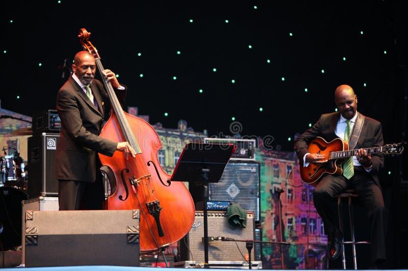 LVIL, UKRAINE - 4 juin : Trio de Ron Carter image stock