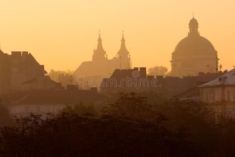 Lviv ad alba fotografie stock libere da diritti