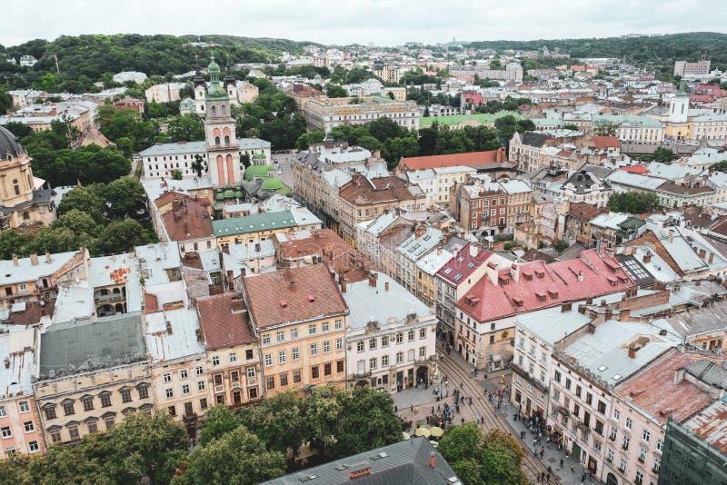 Lviv de Oekraïne, 26 Juni 2018 Landschap van Lviv vanaf de bovenkant van royalty-vrije stock foto