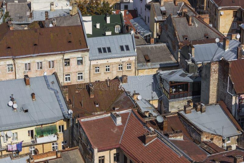 LVIV, UCRANIA - 2 DE OCTUBRE DE 2016: Ciudad de Lviv desde arriba central imagenes de archivo