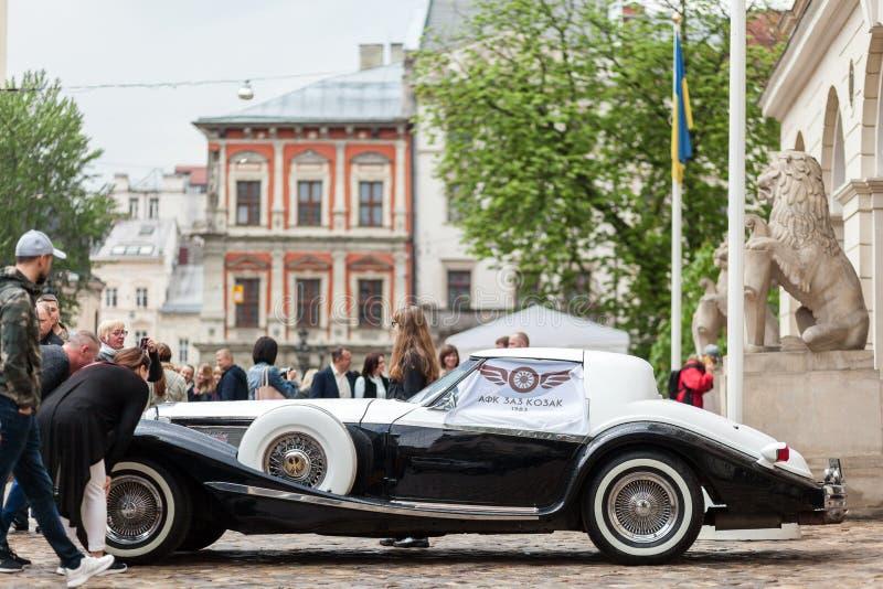 Lviv Ukraina, Maj, - 3, 2019: LVIV miasta dnia Philips Berlin Luksusowy retro samochodowy coupe zdjęcia stock