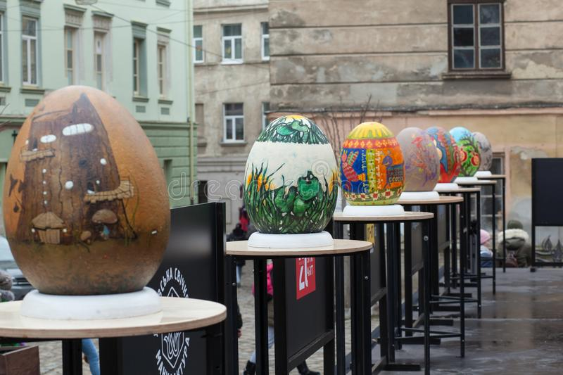 Lviv Ukraina - mars 29, 2018 Påskfestival i Lviv arkivbild