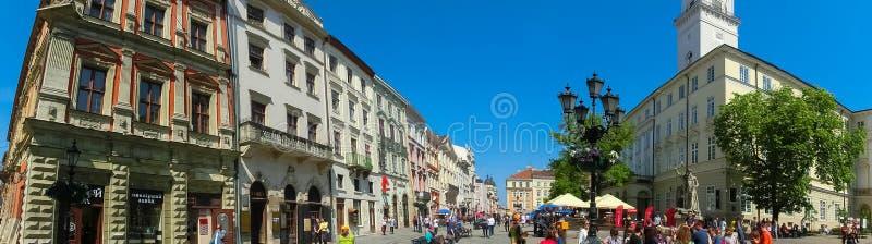 Lviv, Ukraine - 6 mai 2017 : Place du marché - la place centrale de la ville image libre de droits