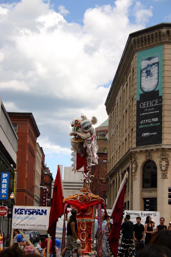Lwa taniec w Chinatown, Boston podczas Chińskiego nowego roku świętowania obrazy royalty free