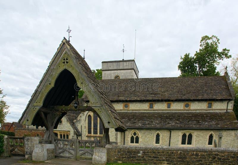 Lychgate,圣迈克尔斯教会,Betchworth,萨里,英国 图库摄影