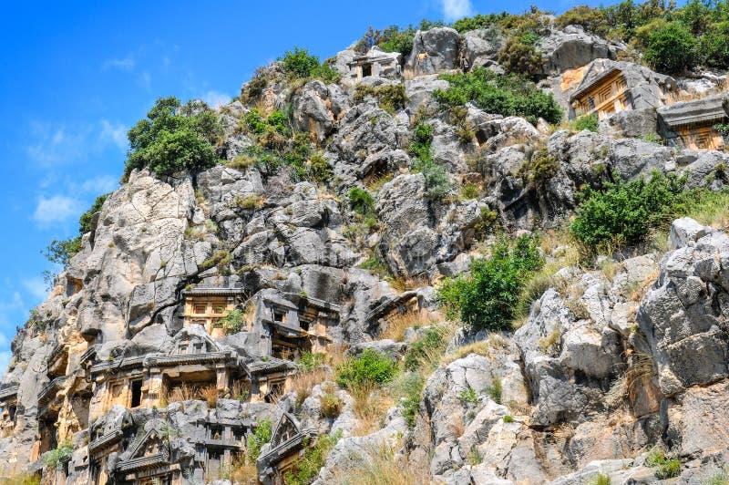 Lycian摇滚删节的坟茔在迈拉,土耳其 库存图片