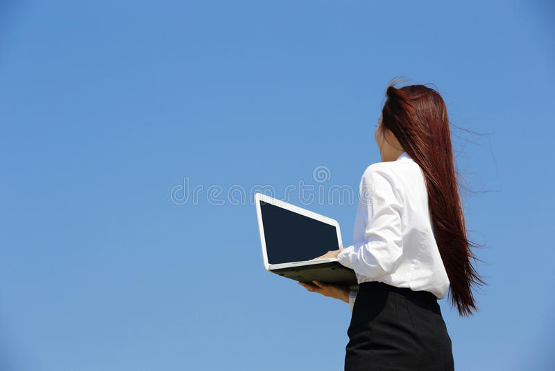 Lyckad blick för affärskvinna arkivbilder