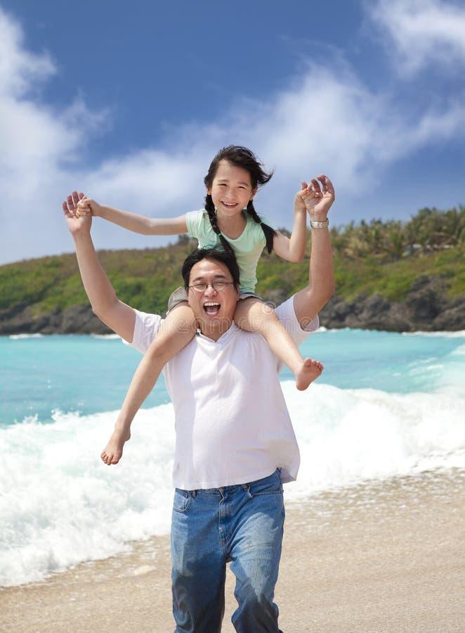 lycklig faderflicka royaltyfri fotografi