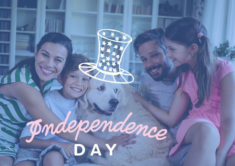 Lycklig familj som hemma firar självständighetsdagen royaltyfria foton
