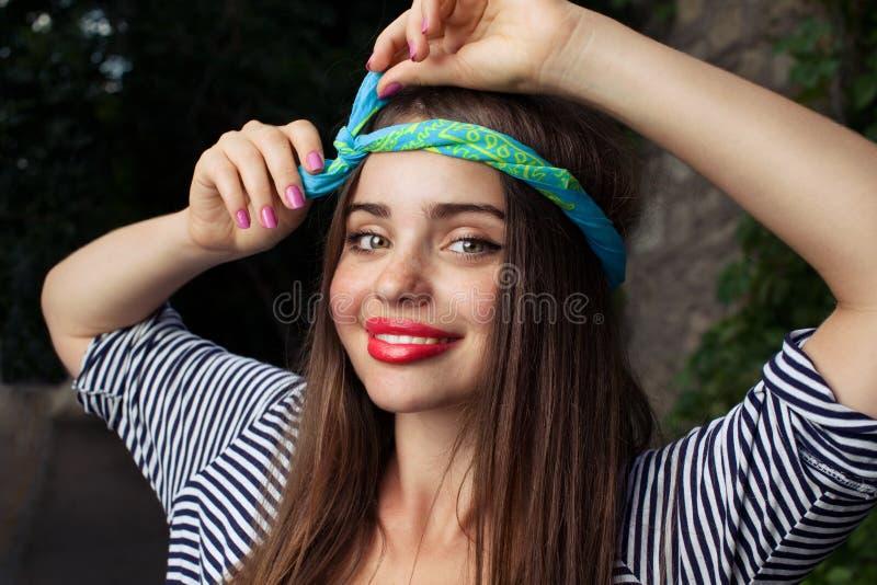 Lycklig flicka arkivbilder