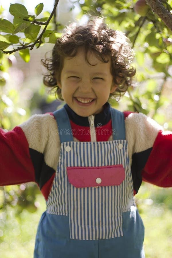 lycklig flicka little arkivfoto