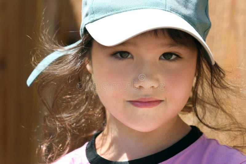 Download Lycklig flicka little arkivfoto. Bild av ungdom, unge, harmlöshet - 980646