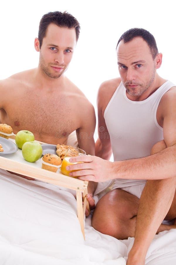 lycklig homo för frukost fotografering för bildbyråer
