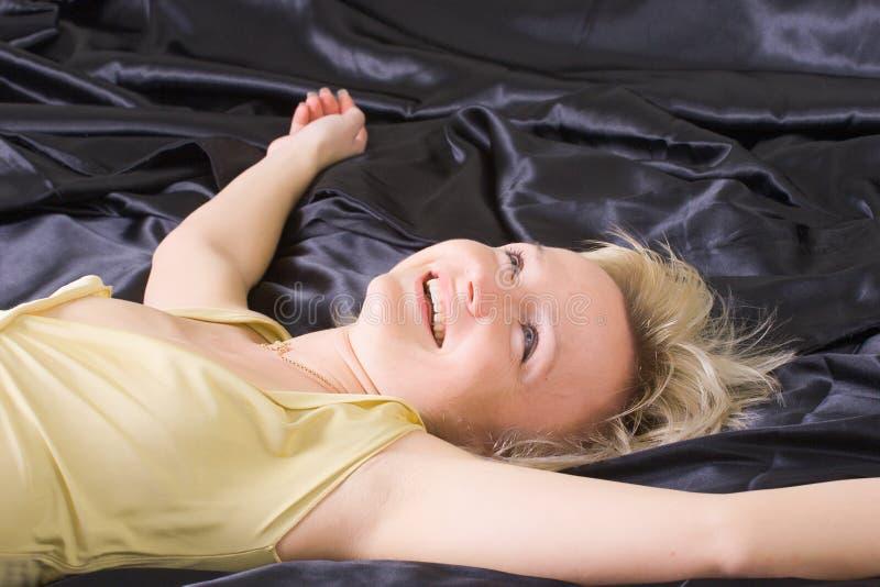 lycklig kvinna för underlag royaltyfri bild