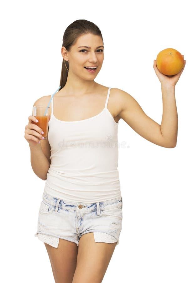 Lycklig kvinna med frukt arkivbilder