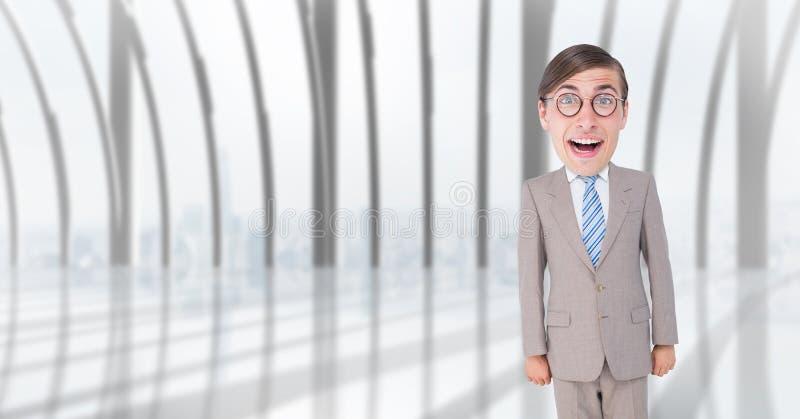 Lycklig nerdaffärsman som i regeringsställning står royaltyfria foton