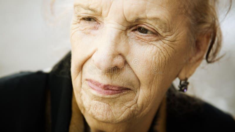 lycklig pensionär royaltyfri bild