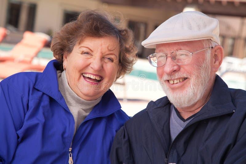 Lycklig Pensionär För Vuxna Par Arkivbild