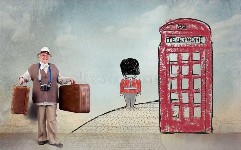 Lycklig pensionär i England fotografering för bildbyråer