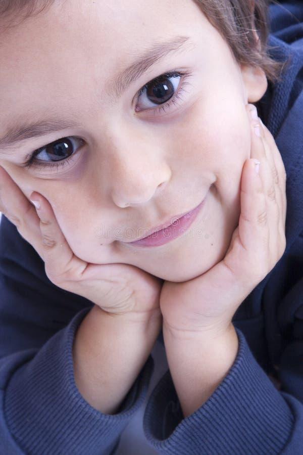 lycklig pojke royaltyfria bilder