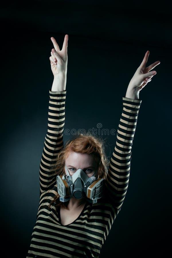 lycklig stolpe för apokalypsflicka royaltyfri foto