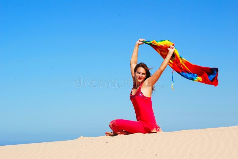 lycklig sund livsstil för flicka royaltyfri fotografi