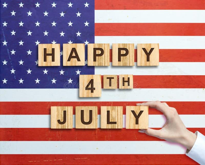 Lycklig 4th av Juli bakgrund SjälvständighetsdagenAmerikas förenta staterbakgrund Inskriften på bakgrunden av USA arkivbild