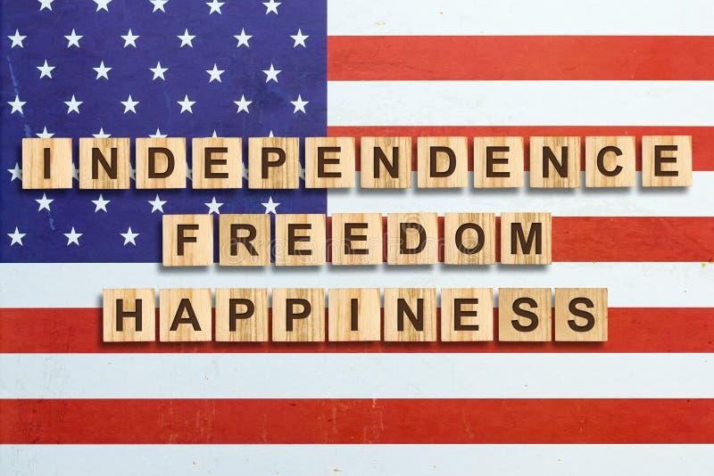 Lycklig 4th av Juli bakgrund SjälvständighetsdagenAmerikas förenta staterbakgrund Inskriften på bakgrunden av arkivbilder