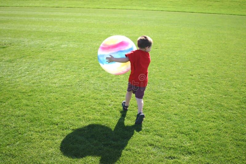 Download Lycklig tid arkivfoto. Bild av barndom, avstånd, tider, kopia - 40240